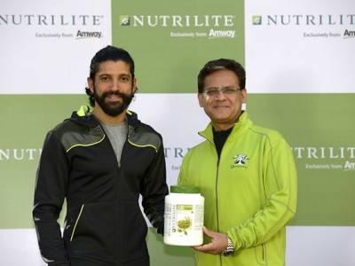 Amway India signs Farhan Akhtar as the brand ambassador!
