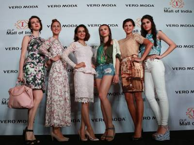 Kangana Ranaut and Vero Moda launches a stand alone store at the DLF Mall of India, Noida