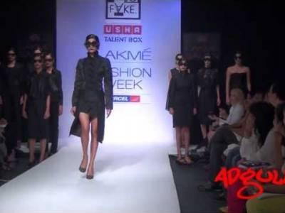 LFW Winter/Festive 2012 | Sapna & Sukriti displayed unconventional fashion directions